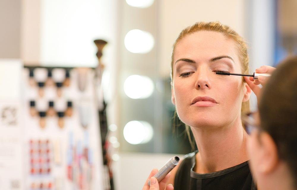 makeup_home